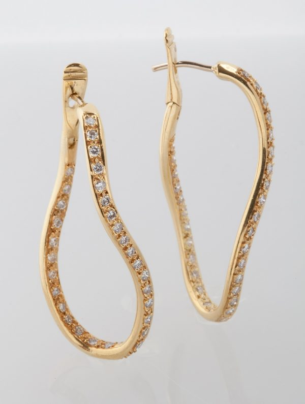 Gold earrings K18 with diamonds, brilliant cut