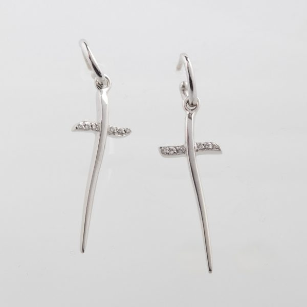 18K white gold earrings with diamonds, brilliant cut