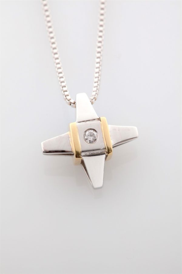 Gold and white gold cross K18 with a diamond, brilliant cut
